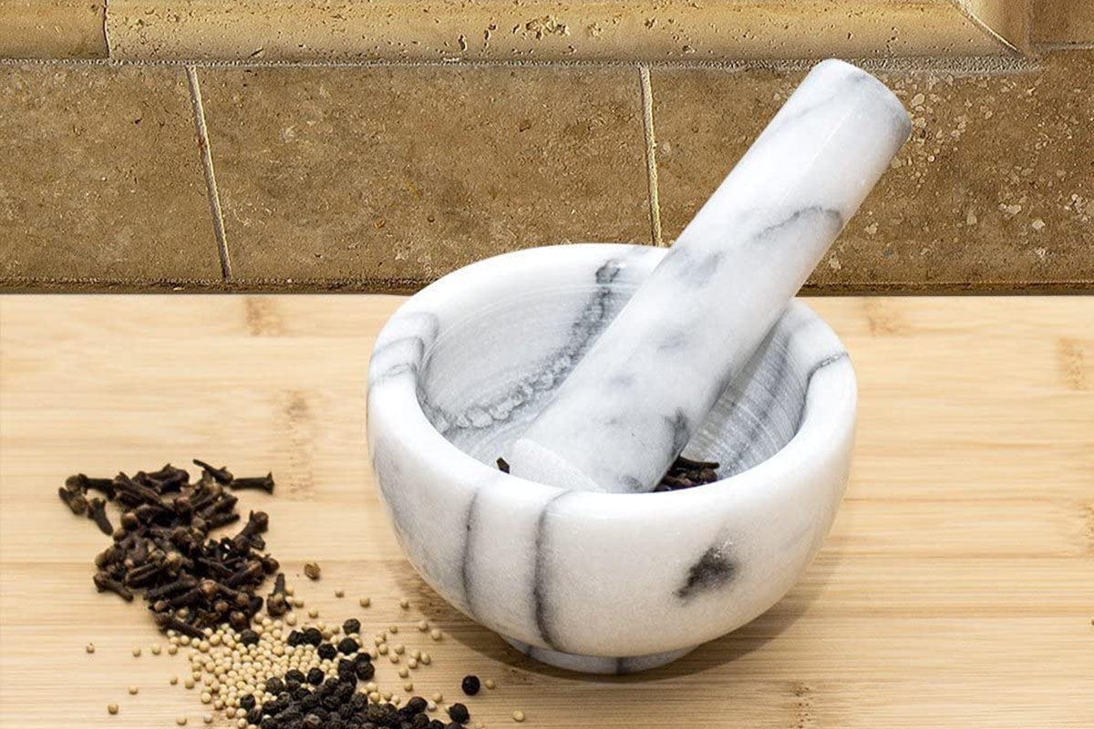 Best Mortar and Pestles – Sets Reviewed